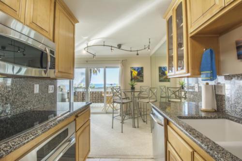 2 bedroom kitchen views