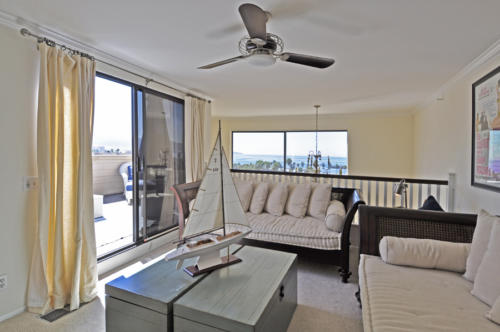 Penthouse Loft in Seascape Two